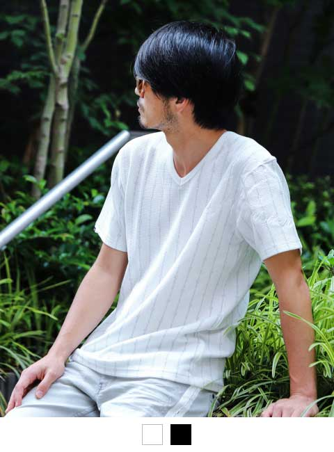 ホワイト:180cm/67kg(Lサイズ着用)